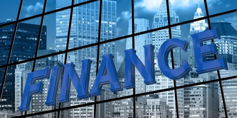 finance-1074727_1280 (1)